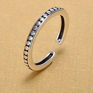 Jewelry - Silver Retro Ring